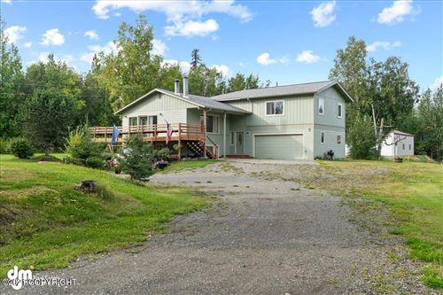Photo of 3951 E Ruth Drive, Wasilla, AK 99654 (MLS # 21-14557)