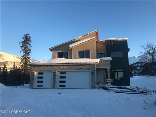 Photo of 19087 Potter Highlands Drive, Anchorage, AK 99516 (MLS # 21-3561)
