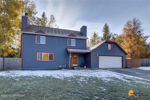 Photo of 6304 Citadel Lane, Anchorage, AK 99504 (MLS # 21-15658)