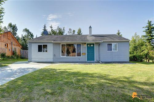 Photo of 2408 Oak Drive, Anchorage, AK 99508 (MLS # 20-8674)