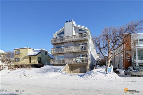 Photo of 609 N Street #2, Anchorage, AK 99501 (MLS # 21-792)