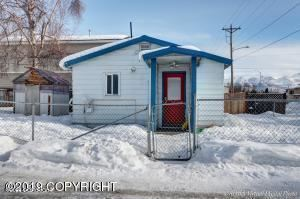 Photo of 4611 E 4th Avenue, Anchorage, AK 99504 (MLS # 21-801)