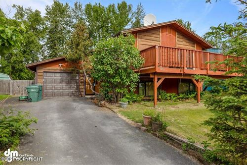 Photo of 12506 Breckenridge Drive, Eagle River, AK 99577 (MLS # 21-9899)
