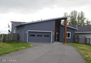 Photo of 1062 Northpointe Bluff Drive, Anchorage, AK 99501 (MLS # 21-11915)