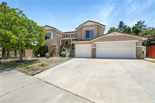 Photo of 1148 Bobcat Court, Palmdale, CA 93551 (MLS # 20004004)