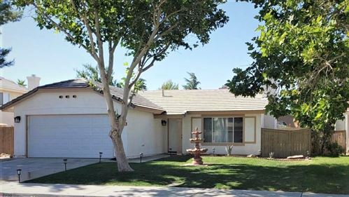 Photo of 2750 Minford Street, Lancaster, CA 93536 (MLS # 20005027)