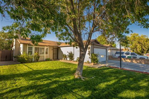Photo of 2233 Morningside Avenue, Lancaster, CA 93535 (MLS # 20005028)