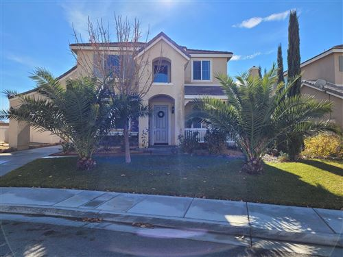 Photo of 6684 Lasseron Drive, Palmdale, CA 93552 (MLS # 21000029)