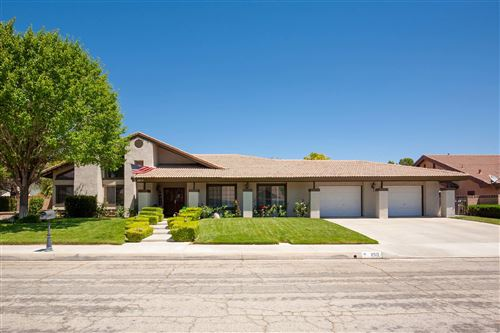 Photo of 2517 Ryans Place, Lancaster, CA 93536 (MLS # 20004038)
