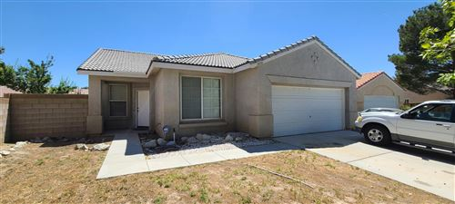 Photo of 1850 Holguin Street, Lancaster, CA 93534 (MLS # 20005039)