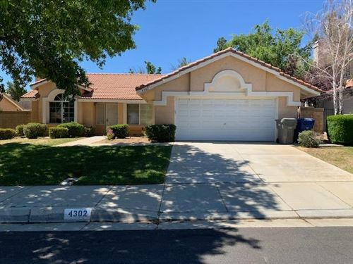 Photo of 4302 Portola Drive, Palmdale, CA 93551 (MLS # 20004047)