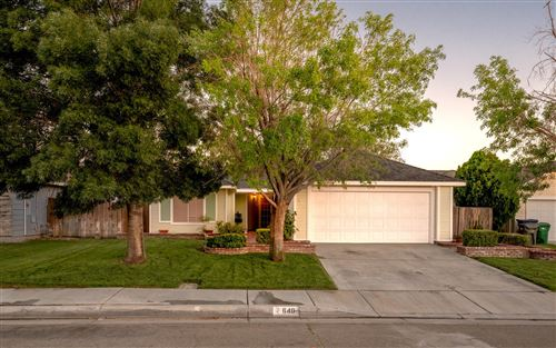 Photo of 640 Twinberry Lane, Lancaster, CA 93534 (MLS # 20005051)
