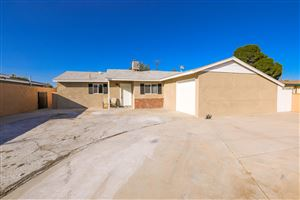Photo of 1211 E Avenue R3, Palmdale, CA 93550 (MLS # 19011053)