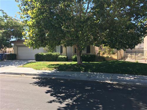 Photo of 3150 E Avenue K2, Lancaster, CA 93535 (MLS # 20006071)
