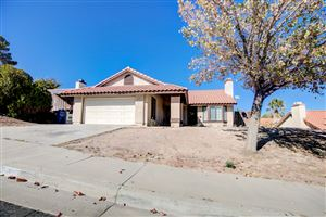 Photo of 533 Morningside, Palmdale, CA 93551 (MLS # 19012077)