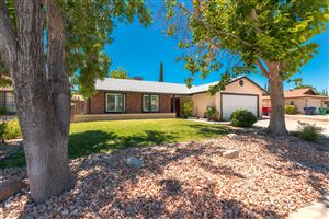 Photo of 2306 Forry Street, Lancaster, CA 93536 (MLS # 19008079)
