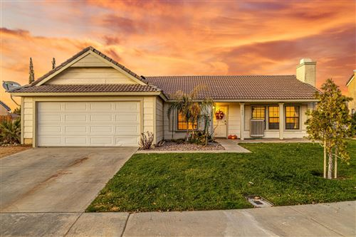 Photo of 1657 W Milling Street, Lancaster, CA 93534 (MLS # 19011083)