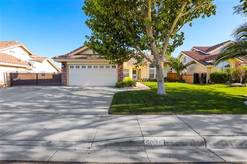 Photo of 6024 W Ave L4, Lancaster, CA 93536 (MLS # 20006086)