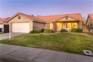 Photo of 43826 Raysack Avenue, Lancaster, CA 93535 (MLS # 19011087)