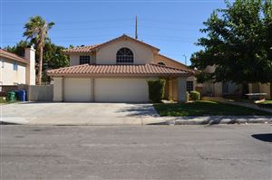Photo of 638 Tina Court, Lancaster, CA 93535 (MLS # 19008090)