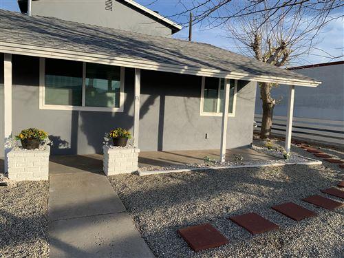 Photo of 38448 E 30th Street, Palmdale, CA 93550 (MLS # 21000098)
