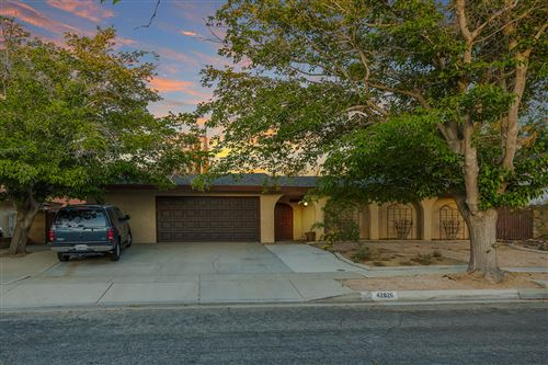 Photo of 42826 W 17th Street West Street, Lancaster, CA 93534 (MLS # 20004102)