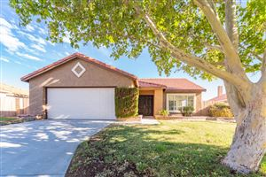 Photo of 4049 Karling Place, Palmdale, CA 93552 (MLS # 19008104)