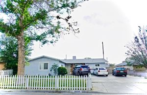 Photo of 45529 Sancroft Avenue, Lancaster, CA 93535 (MLS # 19008108)
