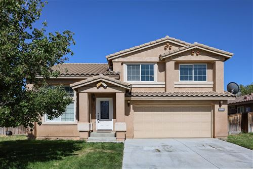 Photo of 37502 Park Forest Court, Palmdale, CA 93552 (MLS # 20004108)