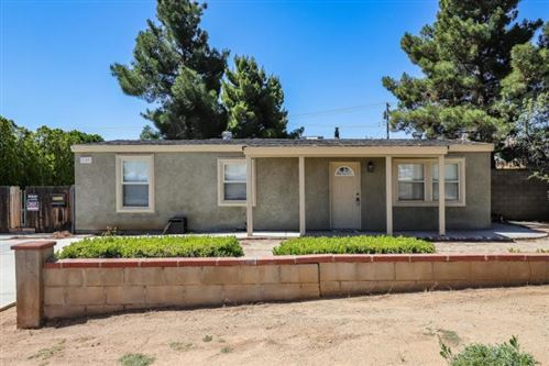 Photo of 1142 W Ave P-14, Palmdale, CA 93551 (MLS # 20005116)