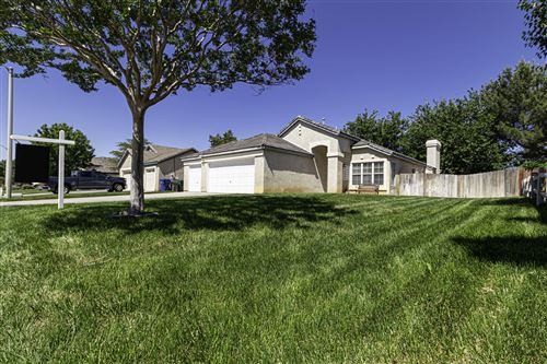 Photo of 42434 Blossom Drive, Lancaster, CA 93536 (MLS # 20004128)
