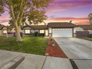 Photo of 4246 Desert Aire Avenue, Palmdale, CA 93552 (MLS # 19012135)