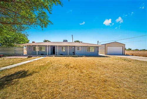 Photo of 42989 E 150th Street, Lancaster, CA 93535 (MLS # 20004139)