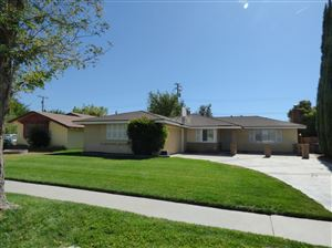 Photo of 1732 W Jackman Street, Lancaster, CA 93534 (MLS # 19011141)
