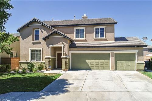 Photo of 3025 W Minford Street, Lancaster, CA 93536 (MLS # 20006160)