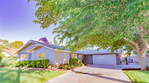 Photo of 43812 Halcom Avenue, Lancaster, CA 93536 (MLS # 20006169)