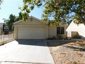 Photo of 2926 Nandina Drive, Palmdale, CA 93550 (MLS # 19011175)