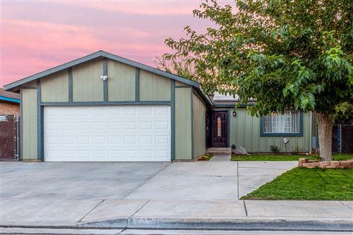 Photo of 43659 Ponderosa Street, Lancaster, CA 93535 (MLS # 20006196)
