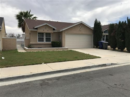 Photo of 37124 E 29th Place Place, Palmdale, CA 93550 (MLS # 20004198)