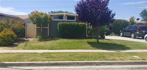 Photo of 1126 W Avenue H5, Lancaster, CA 93534 (MLS # 20004208)
