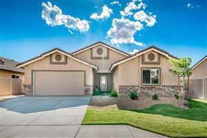 Photo of 43927 W 58th Street, Lancaster, CA 93536 (MLS # 19009215)