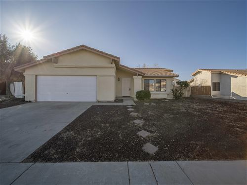Photo of 4546 Ridgewood Court, Palmdale, CA 93552 (MLS # 21000226)