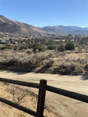 Photo of 000 W Juniper Ridge Lane, Palmdale, CA 93550 (MLS # 21000229)