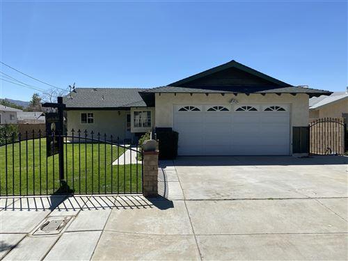Photo of 42327 W 52nd Street, Lancaster, CA 93536 (MLS # 20006232)