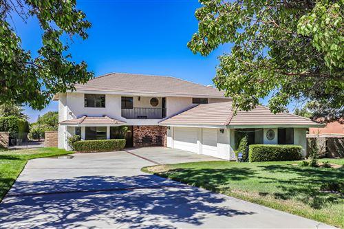 Photo of 5945 Walnut Way, Palmdale, CA 93551 (MLS # 20006242)