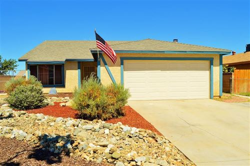 Photo of 39081 Dianron Rd Road, Palmdale, CA 93551 (MLS # 20006244)