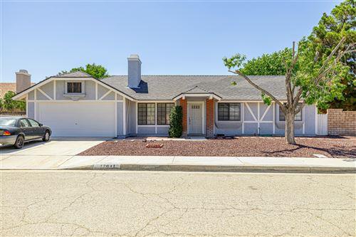 Photo of 43041 Fairlee Drive, Lancaster, CA 93536 (MLS # 20006257)
