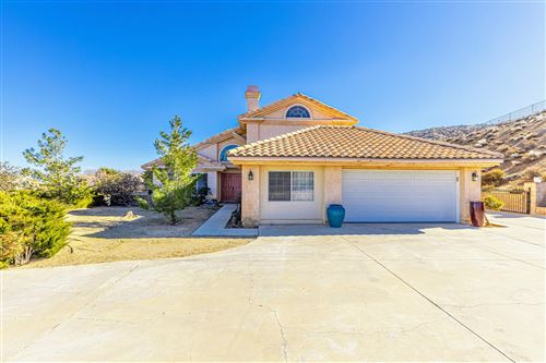 Photo of 40425 Gemelos Court, Palmdale, CA 93551 (MLS # 20000286)