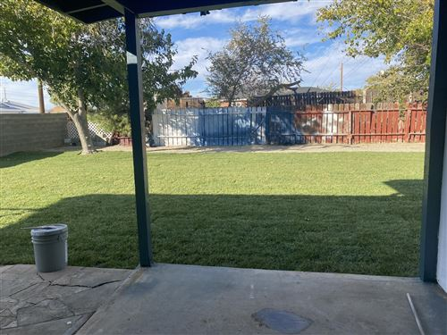 Photo of 203 E Avenue P5, Palmdale, CA 93550 (MLS # 20009301)
