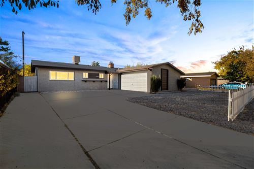 Photo of 44645 E 2nd Street, Lancaster, CA 93535 (MLS # 20009308)